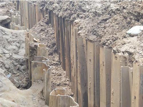 图解拉森钢板桩施工工法的九个步骤