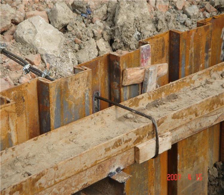 钢板桩施工时使用的打桩设备有哪些?