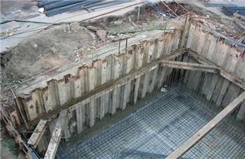 浅析拉森钢板桩围堰施工的优点